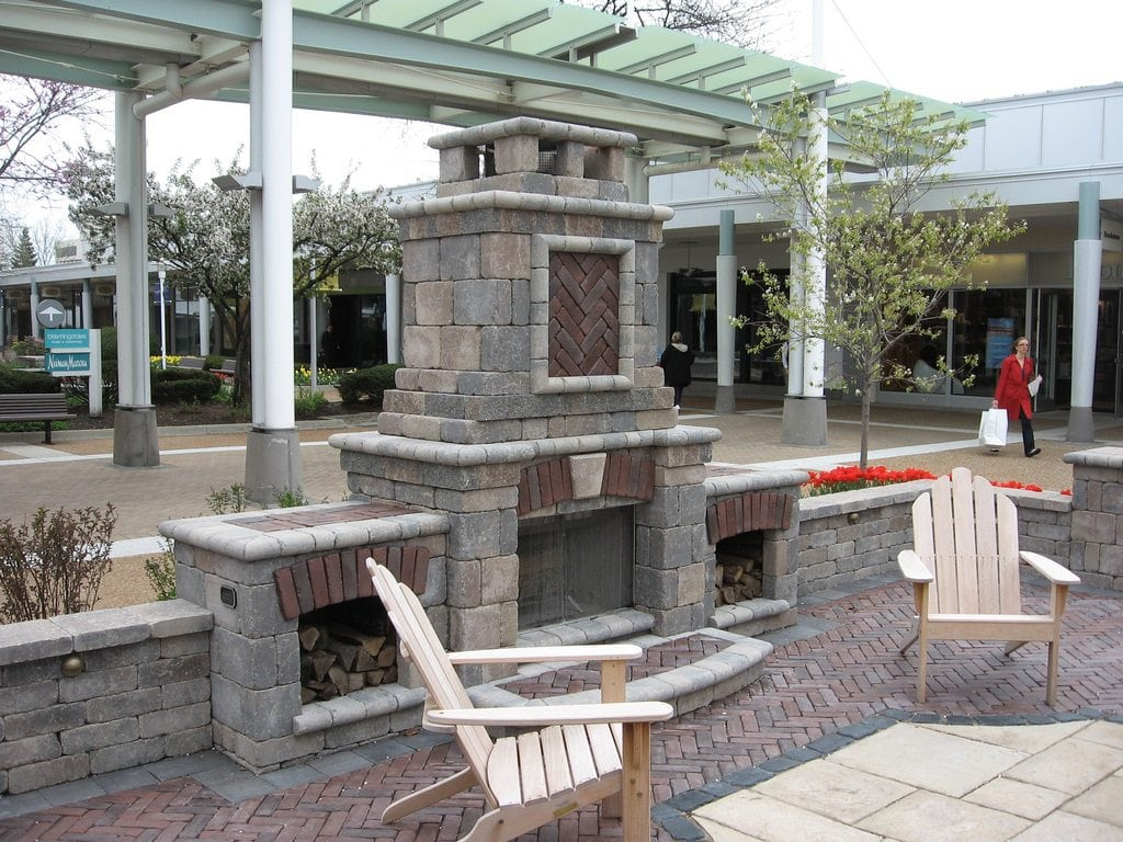 Outdoor commercial fireplace